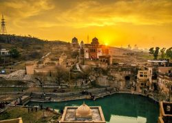 Mahabharat Era Lord Siva temple (Katasraj Mandir) in Pakistan