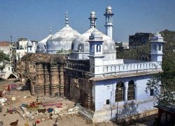 Gyanvapi Mosque at Varanasi was originally Kasi Viswanath Temple
