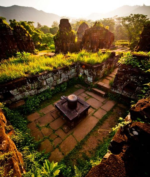 myson sanctuary siva lingam Bhadresvara