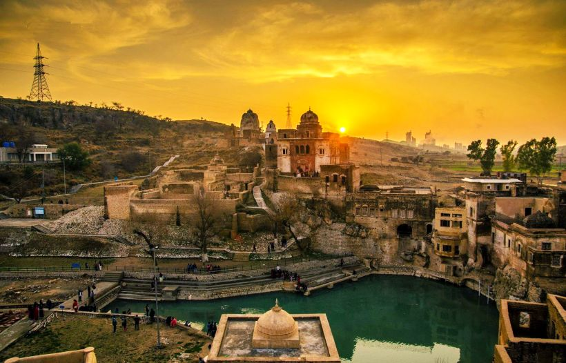 Katasraj Siva Temple Pakistan