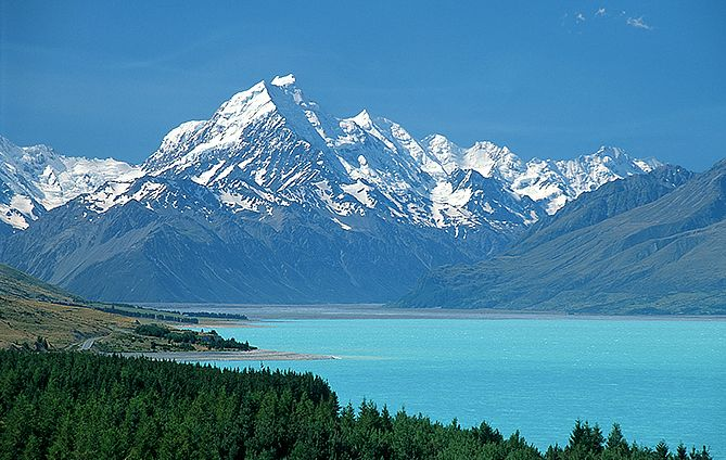 Mount Cook & Lake Pukaki
