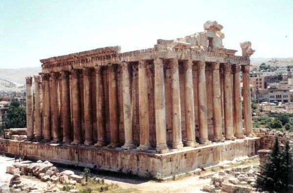 baalbek monuments lebanon