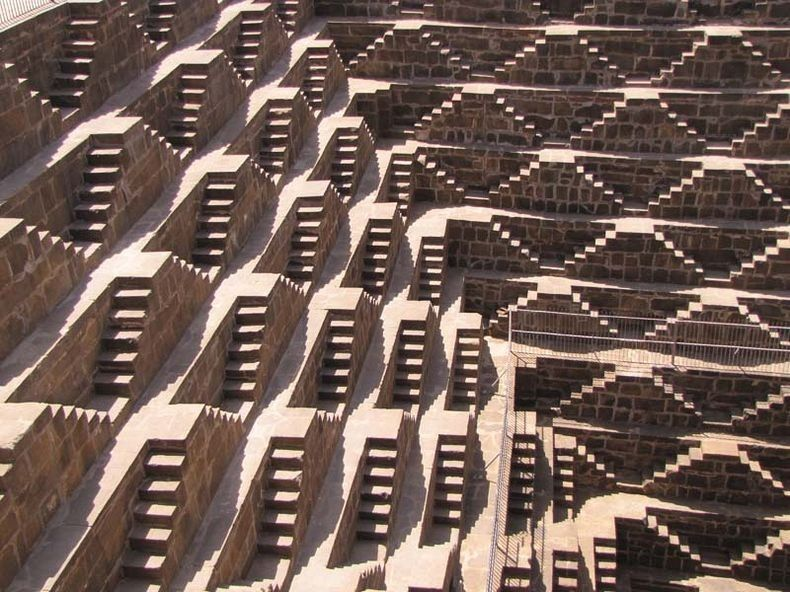 chand baori step well