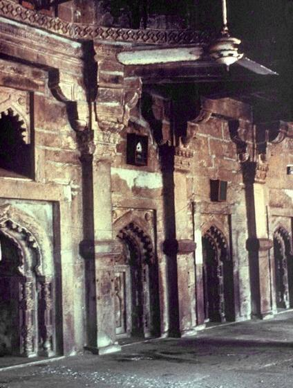 Atala Masjid Jaunpur Pillars