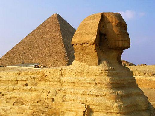 cursed tutankhamun pyramid egypt