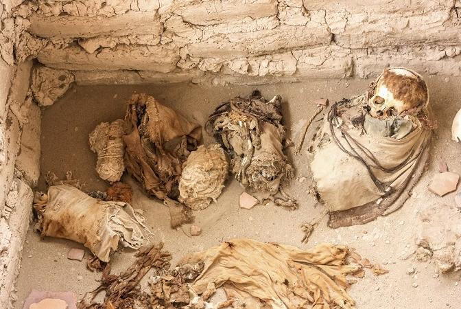 nazca tomb pyramid