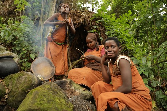 Africa bark clothes batwa tribe