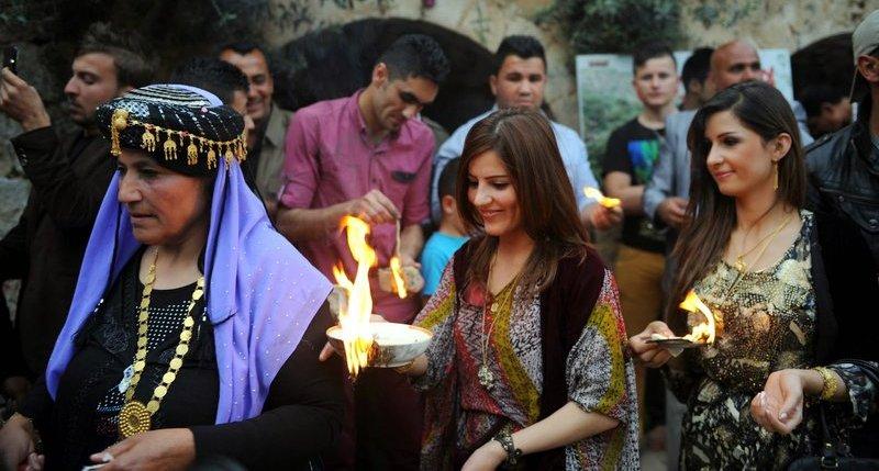 Yazidi - women Aarti
